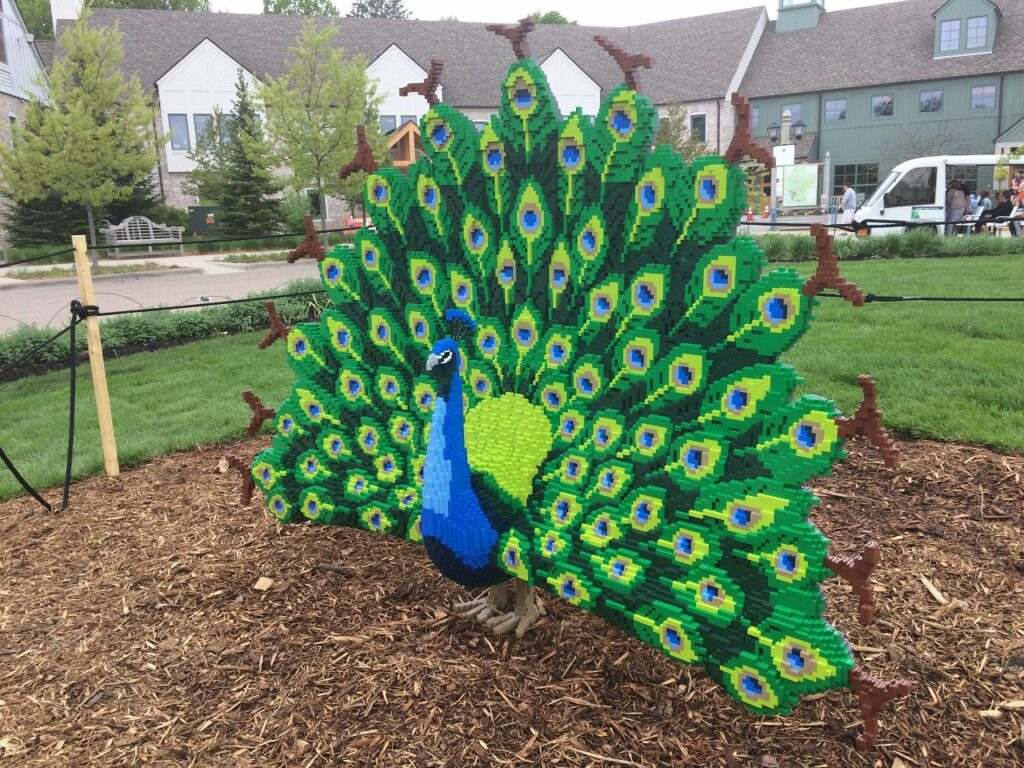 Photo of Sean Kenney sculpture - Peacock